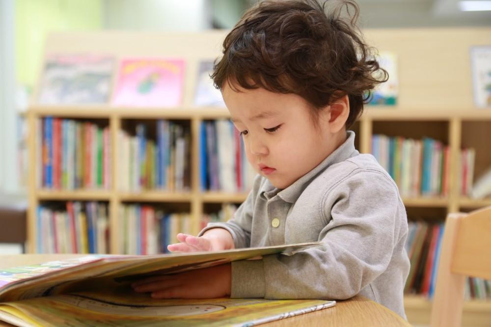 【雨の日には】声に出して読み聞かせたい、世代を超えた名著〜ワーママBook shelf〜