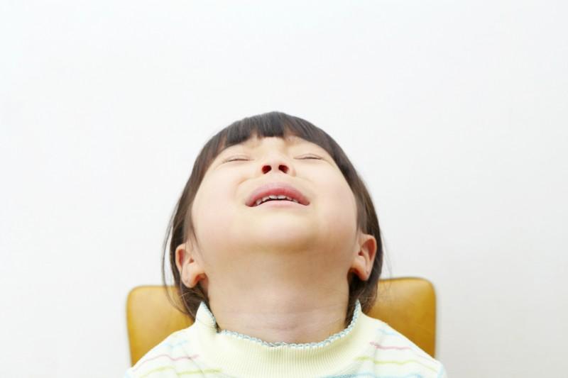 子どもの長時間のぐずりもイライラを助長させる原因
