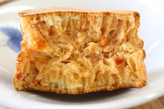 ミートソースホットケーキの断面図