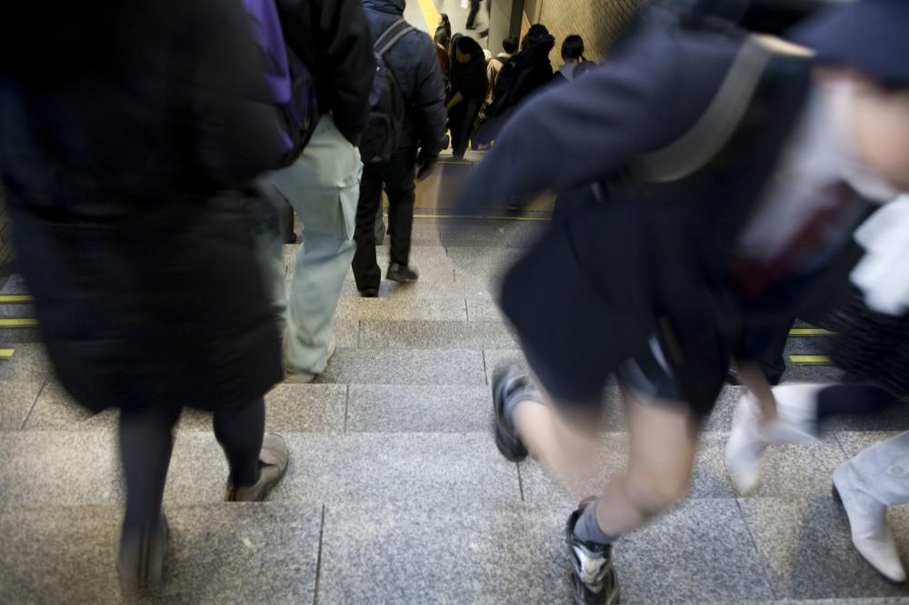 朝のラッシュ時は大人だけでも大変な通勤