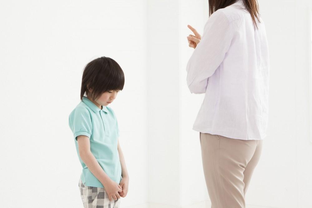 「叱る」って本当に難しいですよね。怒りを抑えられずに「怒る」になることも多々あります。ママだって人間だもの・・・。