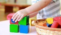【室内遊び】雨・病気…小さな子どもと1日中家遊びのマンネリを解消!子どもにヒットした遊びとは?
