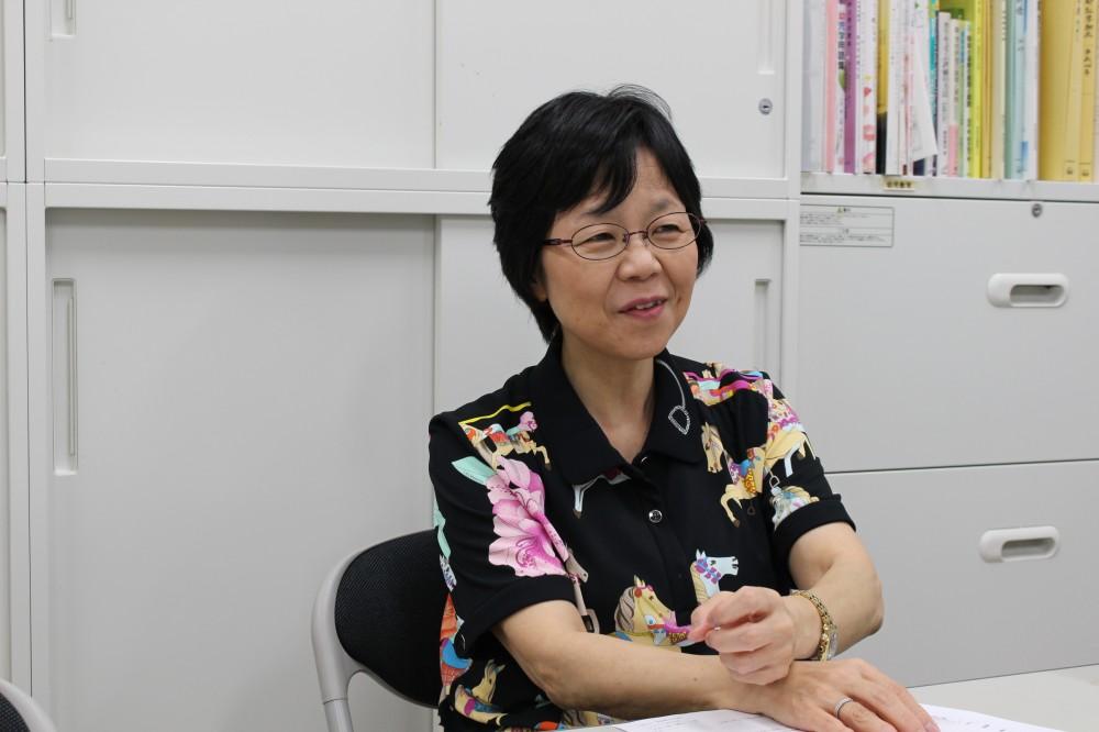 岩立京子先生。優しくためになるお話を聞かせてくれました。