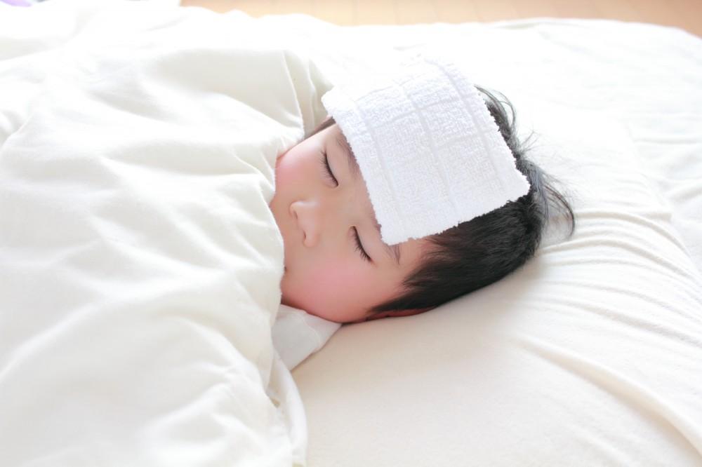 休日の発熱など、子どもがいると急な出費が多いですね。