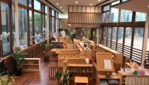 時間割はない、でもカフェはある! 話題の「まちの保育園」って?