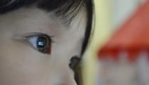 知っていますか?「子どもの眼の癌」ワーママ親子で闘った日々
