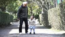 【困ったときに出動!】孫を預かってくれる祖父母の本音とは?