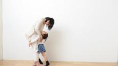 子育ての壁は「親子が順調に前へ進んでいる証」いま子育てで悩むママへ、社会人の子どももつ先輩ママが伝えたいこと