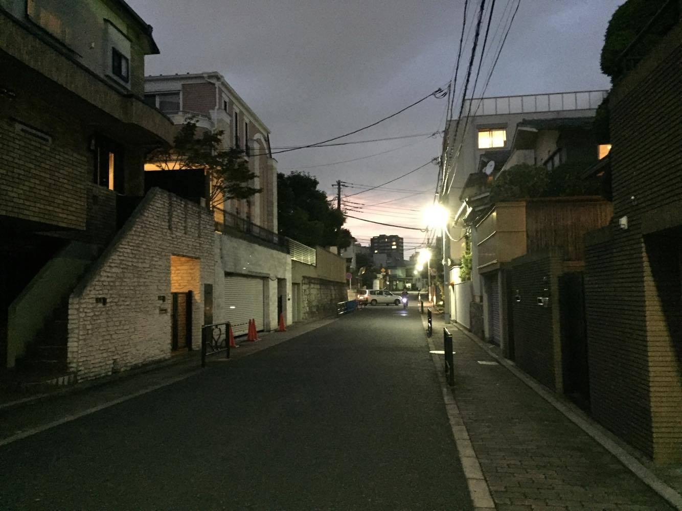 9月中旬になると18時でこの暗さです。