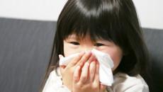 アレルギーを持つ子供とどう向き合う? ママたちが気をつけていることや治療法は?<体験談>