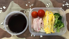 【超リアル】手抜きママが「子供のお弁当」を平日5日間撮影!夏休みの学童のお弁当もこうなる!?