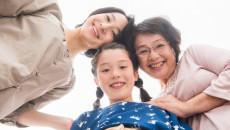 母になり「自分の母親のことを思う」あなたと実母の関係は?それぞれの母への思い
