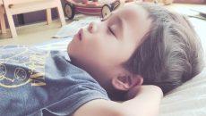 【夜まったく寝ない】2歳児に大苦戦!へとへとワーママの体験談