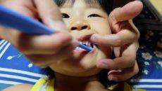 歯みがきしたくない!歯磨き嫌いの子どもの対応どしてる?ママたちの工夫を聞いた!
