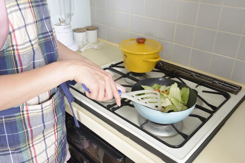 帰宅後、やることは山積み!まずは夕食作り。