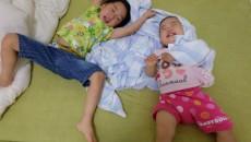 子どもと遊ぶには体力がいりますが、無邪気な笑顔と、その後の即寝があれば!