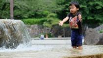 実は身近にたくさんある!水遊びはじゃぶじゃぶ池で!