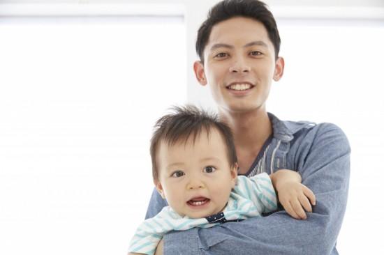 子どもが生まれて初めて、近所の子どもの存在に気づくパパも多い