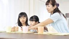 子ども2人を食べさせていくには経済的な自立をしなければいけない