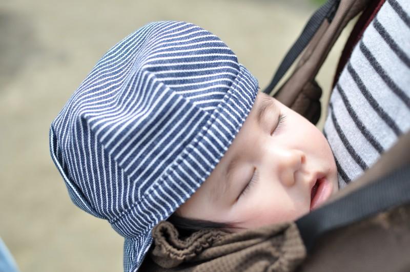 抱っこ紐も、ベビーカーもお子さんが快適に過ごせる工夫が必要ですね。