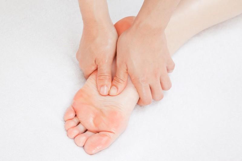 足つぼマッサージは、体の対応部分が悪ければ、とてつもなく痛いと言いますよね。
