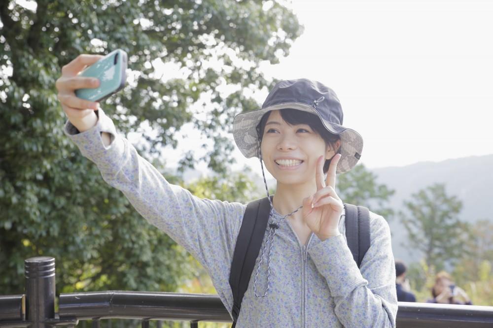 日本でも自撮り棒なども発売され流行に