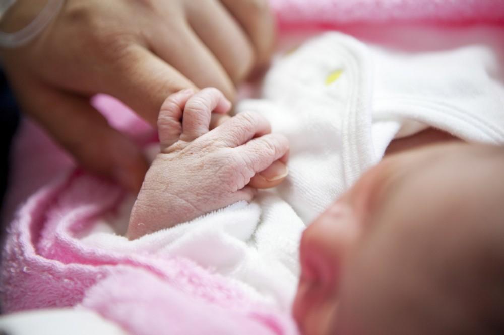 産まれてから1ヶ月は自宅にいるので上の子がいる場合は外に出れず大変に