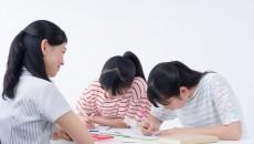 子ども達が必死で勉強するなか、こんな事件が起きてるとは...