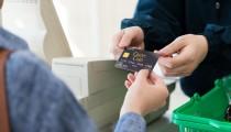 カードだけど即日引き落とし!デビットカード日常使いのメリットとは?