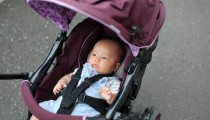 【ベビーカーから赤ちゃんが線路へ転落!】みなさんは、ベビーカーマークを知っていますか?