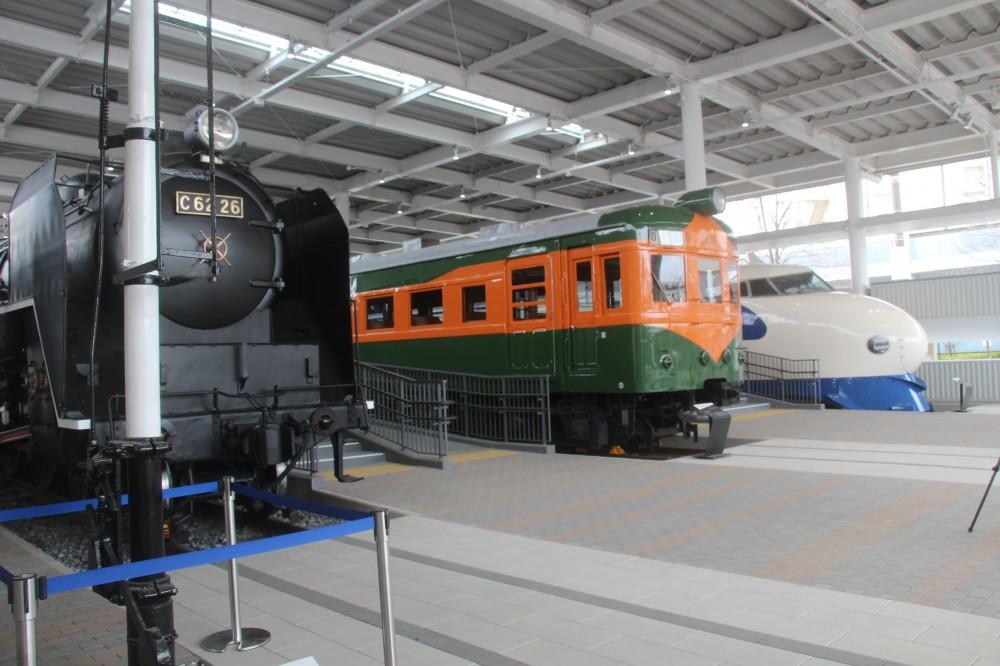 歴代の列車や新幹線が一堂に!
