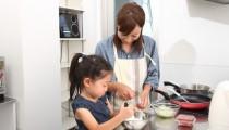 【自立心を育てる第一歩!? 】子どものお料理デビュー、親子で得られる「いいこと」って?