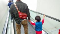 子どもの【エスカレータ事故】に注意!意外なことが怪我に繋がる!