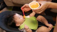「保育園に預けながらの離乳食」効率的に進めていく方法とは?
